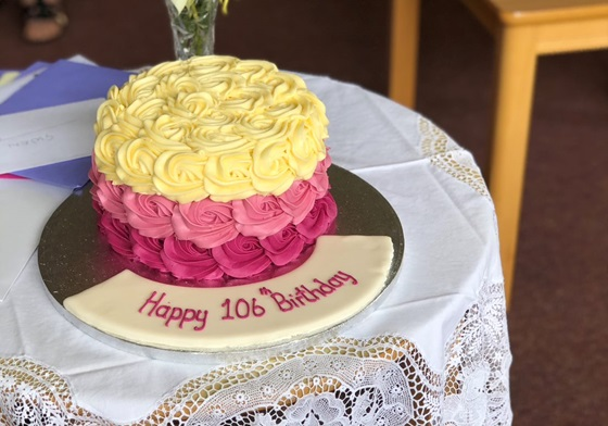 106, birthday, cake, Gwen Snook